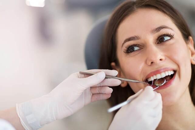 La confianza en un dentista es clave para elegir mi clínica dental