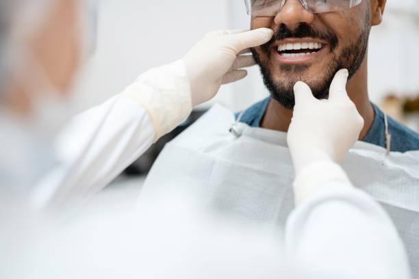 Estética dental con el ácido hialurónico