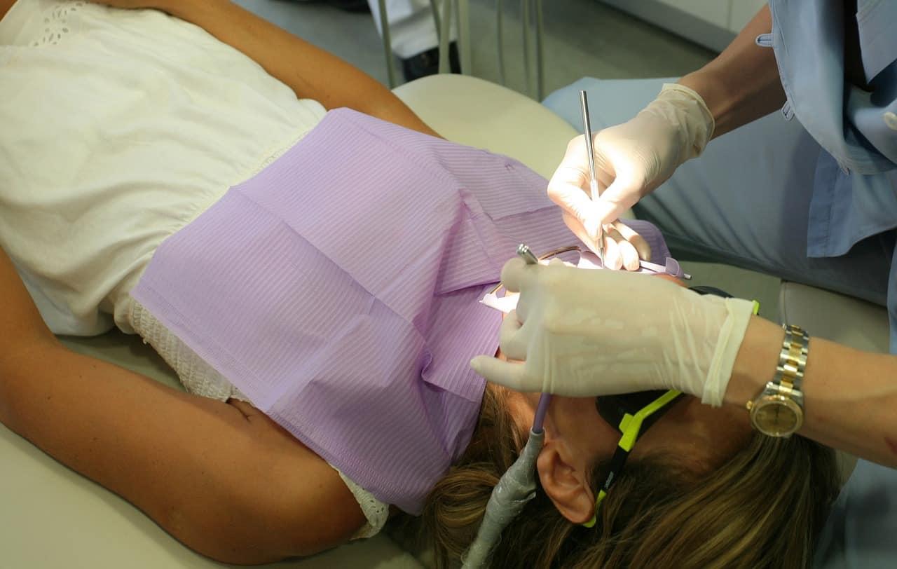 practicas para recuperarte de una cirugia dental